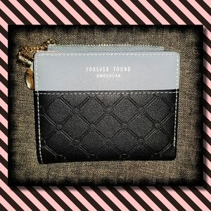 Cute, compact wallet - Never Used
